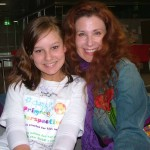 Suzie Plakson chats with roving reporter Miani